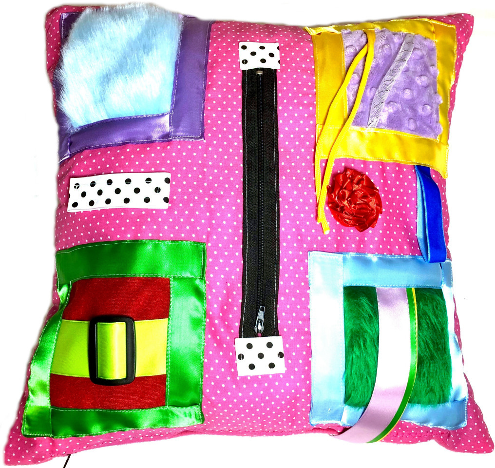 SENSORY TACTILE PILLOW IN PINK