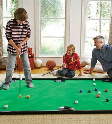 Indoor Golf Pool Game