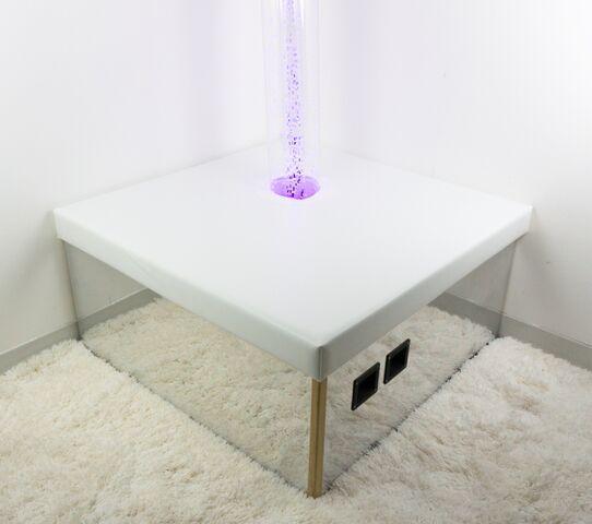 """Corner Mirrored Podium 36"""""""