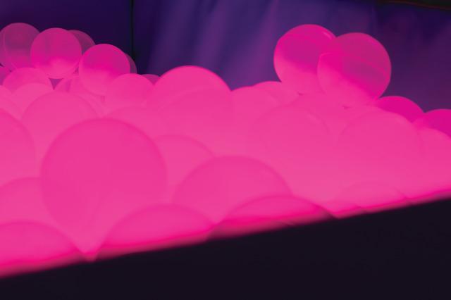 Illuminated Ball Pool