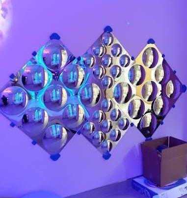 Mirror, Extra Large Diamonds, Bubble Wall