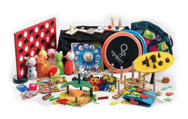 Socialization & Games Kit