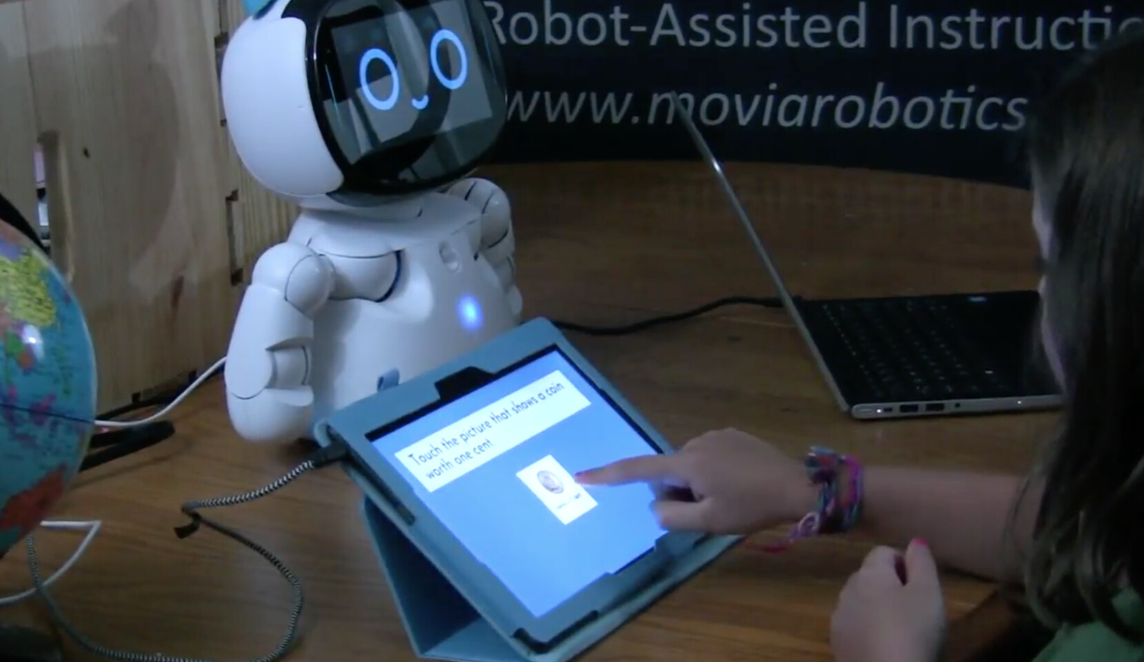 HomePal Robot-Assisted Instructional System