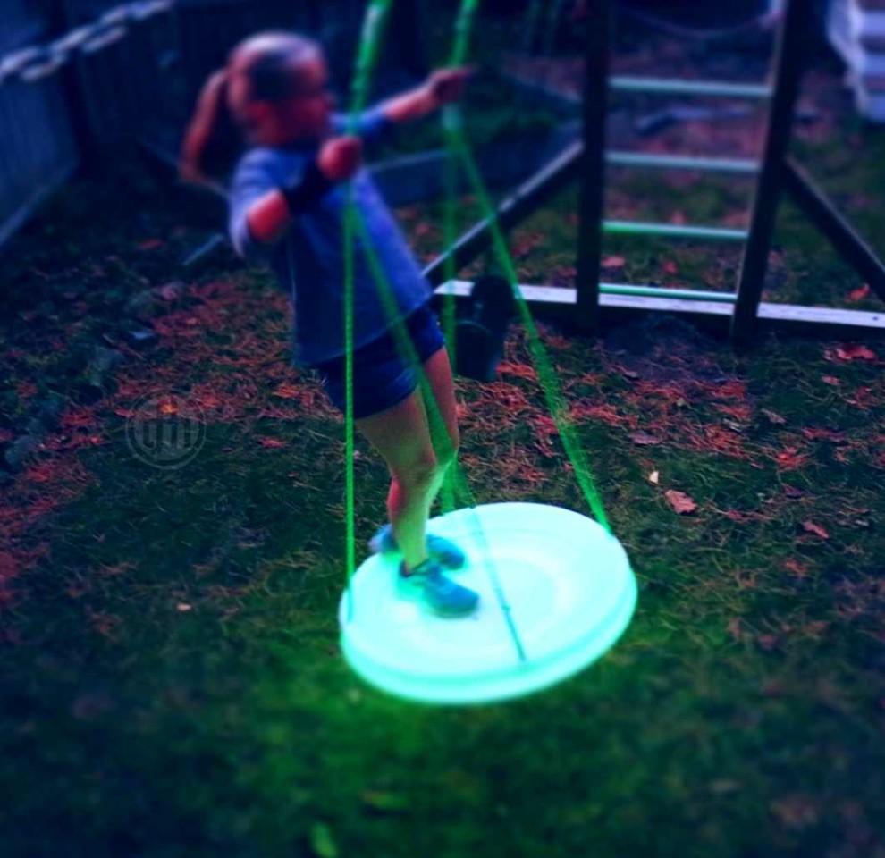 UFO LED Sky Saucer Swing