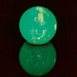 Kristalna žoga z lučko
