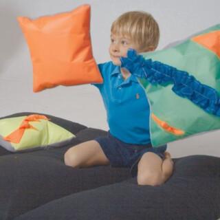 Noisy Pillow Yellow