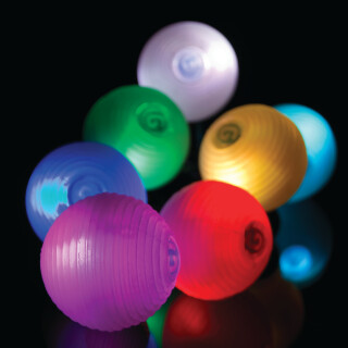 Svetlikajoča žoga