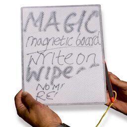 Magnetiskt ritbord