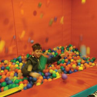 500 Sensory Ball Pool Balls (mixed colours)