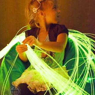200 optičnih vlaken