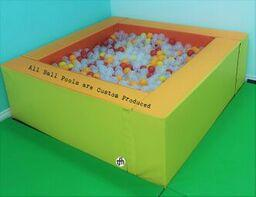 Medium Ball Pool