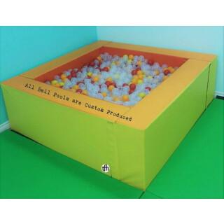 Super bazen z žogami