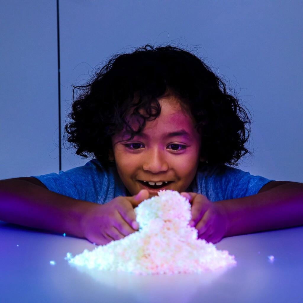 Playfoam Pluffle™ Twist Glow-in-the-Dark