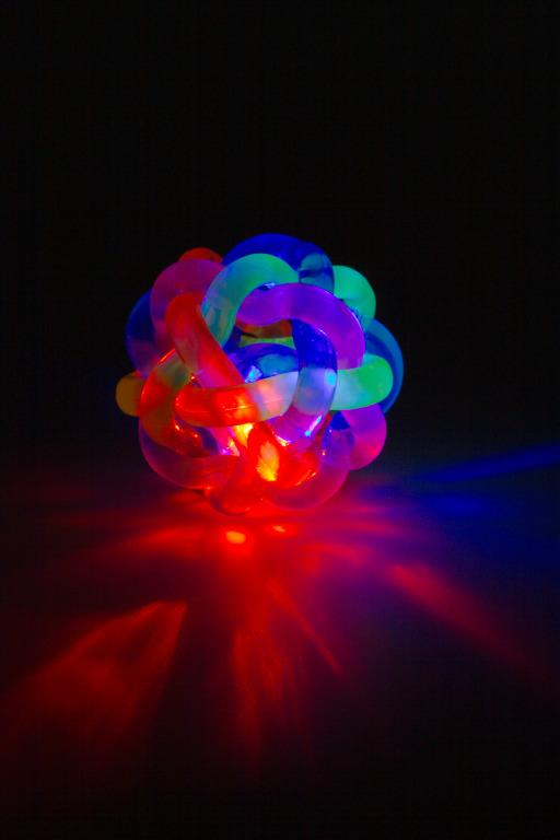 Flashing Colours Orbit Ball
